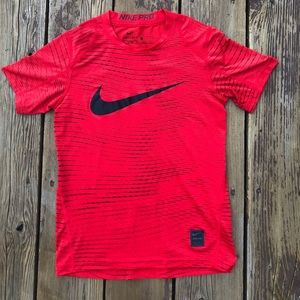 Nike Pro Boys Small Fitted Dri-Fit Red Tee EUC